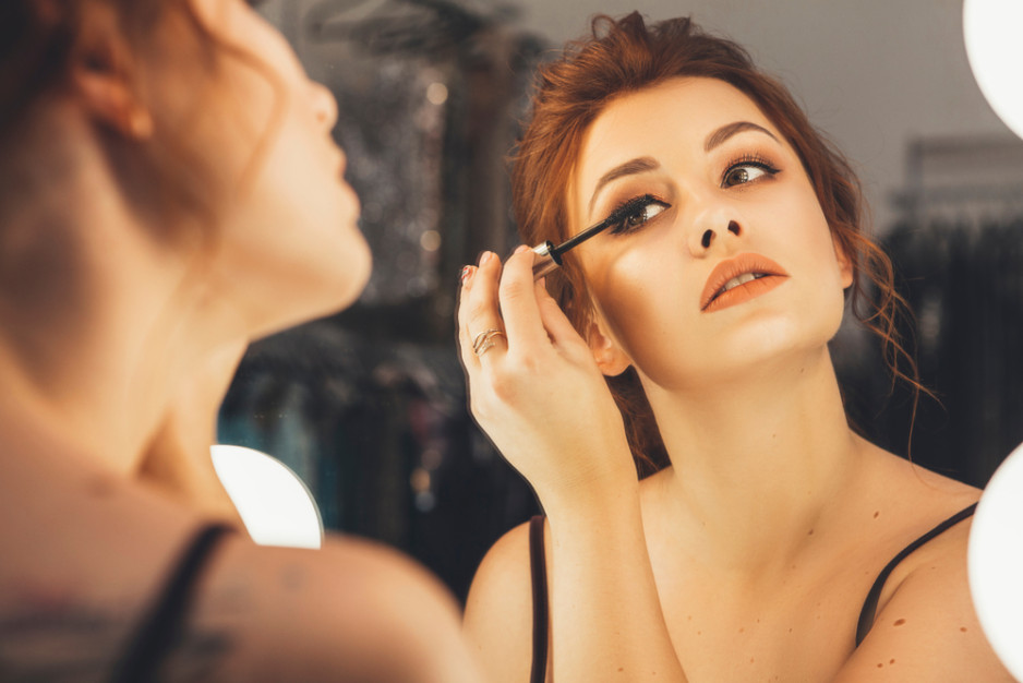 Makeup Tips & Tricks – How to Change Your Look for 6 Types of Dates