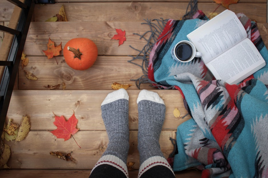 Why Fall is the Perfect Time To Prioritize Your Dating Life
