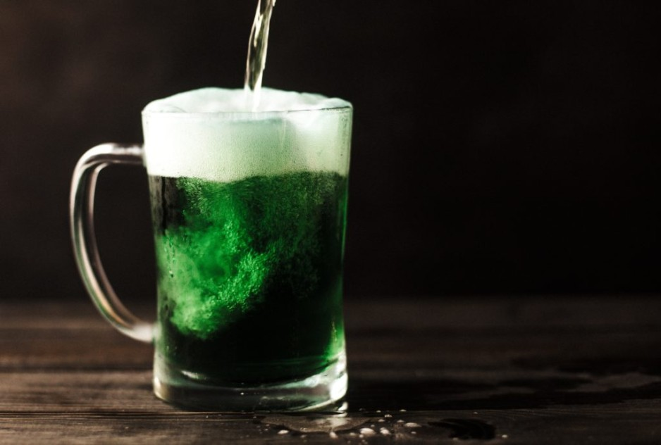 The 5 Best Bars To Meet Singles on St. Patty's Day in Vancouver